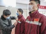 院党委为荣昌医疗队预备党员举行入党宣誓仪式